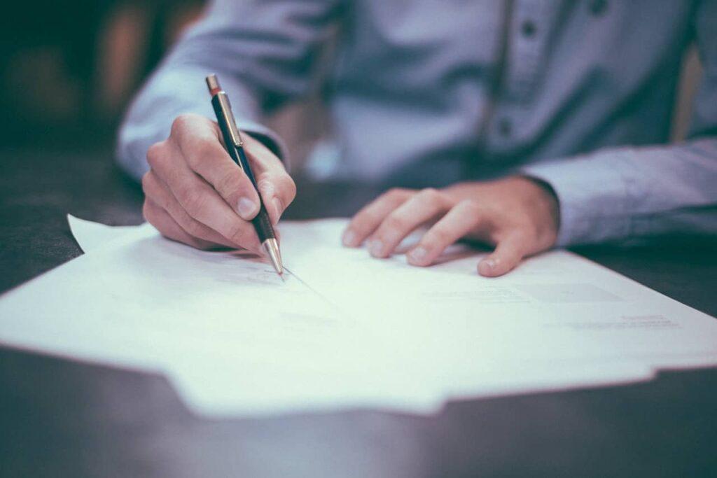5 najczęściej występujących błędów w umowie o dzieło
